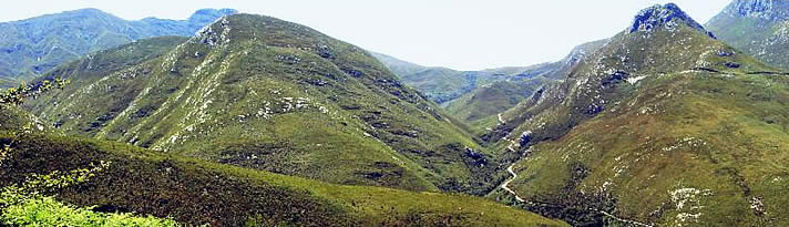 Steenkamp Berg pass near Roossenekal